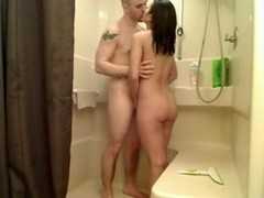 Amateurs Fucking Under Shower