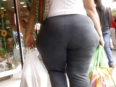 Candid Booty 57