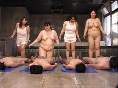 Japanese Four Plumper Play Baths Vol.1