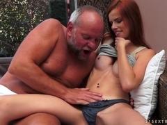 21Sextreme Video: Jackpot Redhead