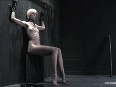 Device Bondage: Miss Kitty