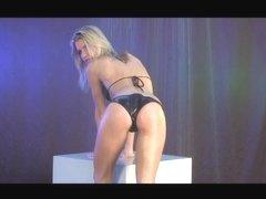 Video from Meta-Art: Iveta B - Droplets - by Helios
