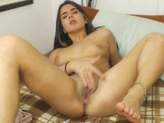 Gorgeous Babe Toying Her Pussy To Orgasm