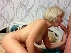 gal russian non-professional beauty makes bj and cum in throat