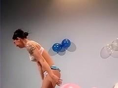 Sue balloons
