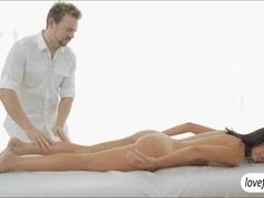 Dillion Harper massage ends up in sex