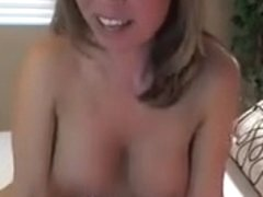 Breathtaking Camgirl with Favourable Sex Toy