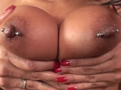 Randy babe Yoha plays with her glass dildo