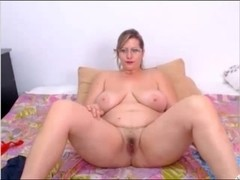 Pawg Whore showing off on cam intimate record