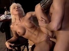 German Classic - Horny Bar Fuck
