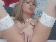 Seductive Slim Girl Fingers Her Tight Pussy On Cam