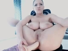 Super hot webcam babe plays and orgasms