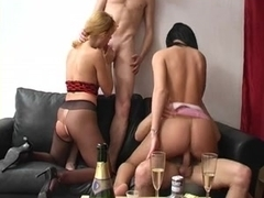 Russian babes in pantyhose have group sex