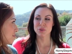 Kendra Lust and Sara Luvv hot ffm 3some
