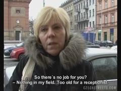 Kinky Czech mature Jitka sucks and gets boned
