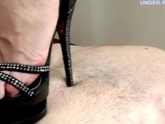 Under-Feet Video: Polina