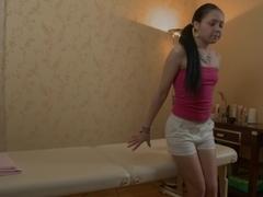 Brunette Hair legal age teenager facial spunk flow from her masseur