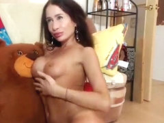 Hot and sexy Milledyum fucks her ass