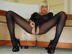 Crotchless Nylon Beauty