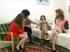 4 Lesbian Girls 1