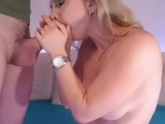 Doxy sucks on webcam