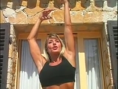 Fit MILF Francesca Petitjean Anal Workout