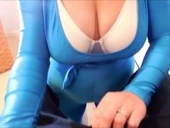 Spandex Angel - Spandex blowjob