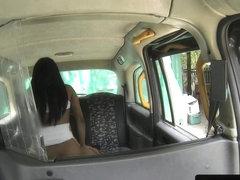 Ebony brit taxi escort bouncing booty on cock
