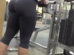 Nice ass chick in tight sports pants