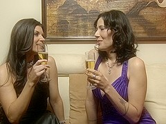 India Summer & Zoey Holloway & Syren De Mer & Cassandra Nix in Girls In White #012 001