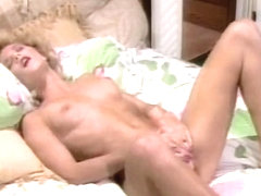 Porn Star Legends - Ginger Lynn