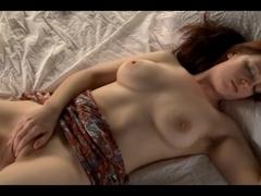 Girl masturbating -Bobbie R-