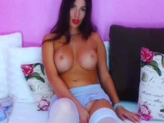 Sexy Lovely Cam Babe Loves Show Off on Cam