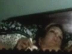 Fast masturbation of milf on bed