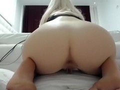 1luxuriousgirl dilettante clip on 1/25/15 05:43 from chaturbate