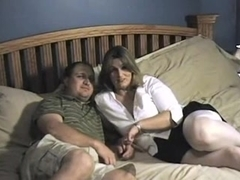 Two plump babes in pretty kinky threesome