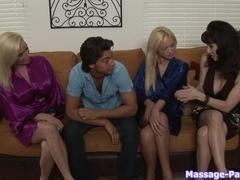 Massage-Parlor: Blonde Heaven