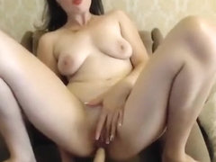 Russian cam girl Missslady plays with her holes