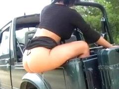 Vom Jeep gepisst