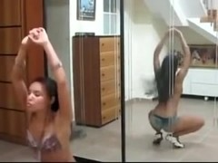 Amazing ass Shake