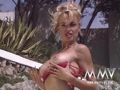 MMVFilms Video: Kelly At The Beach