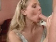 Incredible MILF porn clip