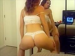 White girl twerk in thong