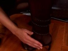 Hawt lesbo foot fetish
