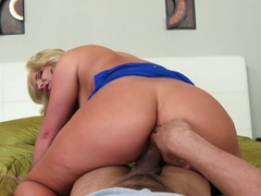 Phoenix Marie & Karlo Karrera in House Wife 1 on 1