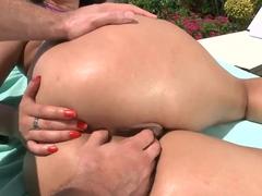 Sunbathing with curvy black haired slut Miss Raquel turns into hot sex