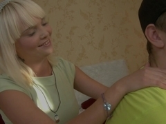 Clever Stud Cons A Stupid Blond For A Massage And A Root