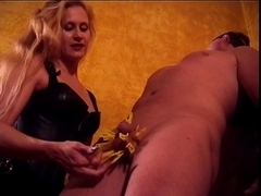 Female-Dominant Amberle, teasing her slaves shlong