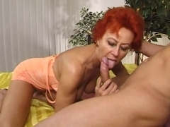 Enthusiastic mature gal takes cock in cunt and mouth