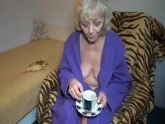 JillingOff and Tea